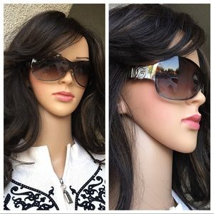 Authentic Dolce&Gabbana black sunglasses size 0S